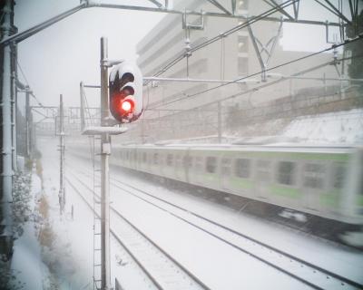 雪の中の山手線・惜しくも・・・