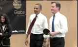 オバマ大統領とキャメロン首相が卓球