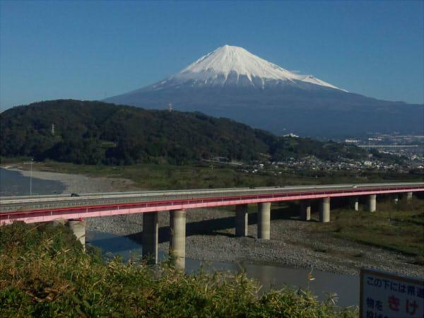 東名高速下り富士川