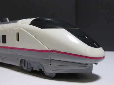 そしてE3レーサー、両方の特徴が出ているのはプラレールも同様である