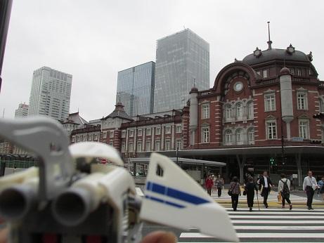 今回はこの東京駅から撮影がスタート