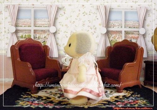 1987 イ-14アイボリーイヌの女の子