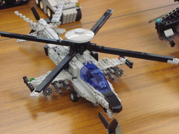 AMR戦闘ヘリ