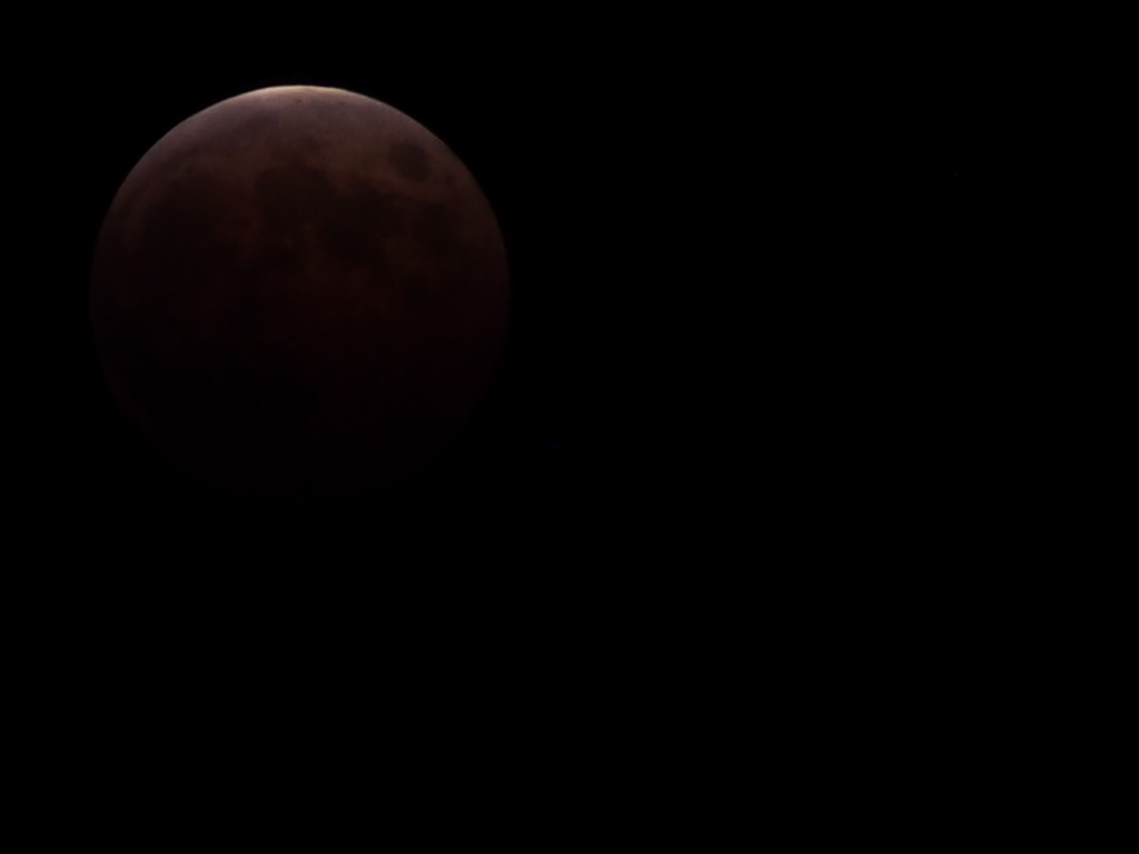 RedMoon_20141008-01.jpg