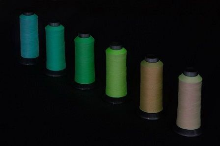 暗闇で光る糸蓄光繊維アイデア商品製品開発する会社耐久性あり滑らか素材