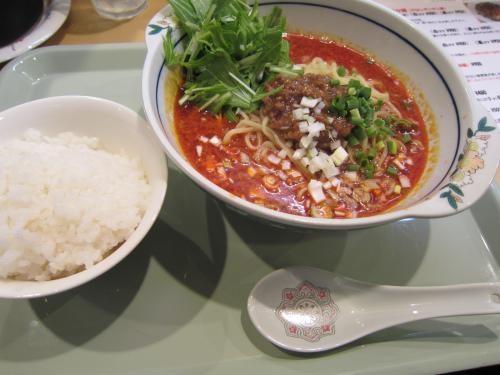 坦々麺 白ゴマ ¥800