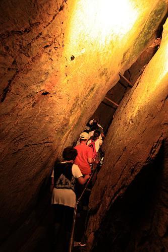竜ヶ岩洞001