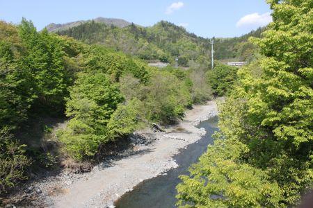 桂川と高川山