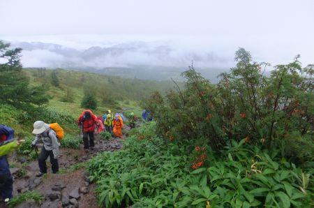 根子岳への登り
