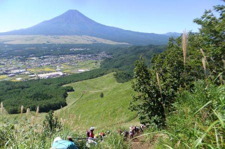 高座山最後の急登