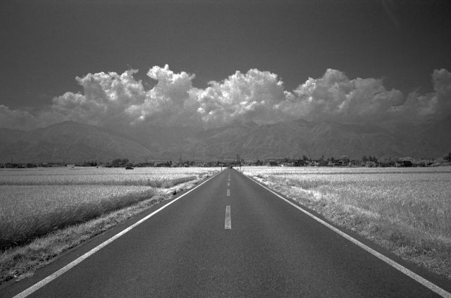 GoStraight-Road08a