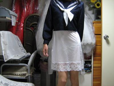スリップ セーラー服姿  スリップの魅力 母校のセーラー服
