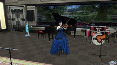 ドレスでヴァイオリン