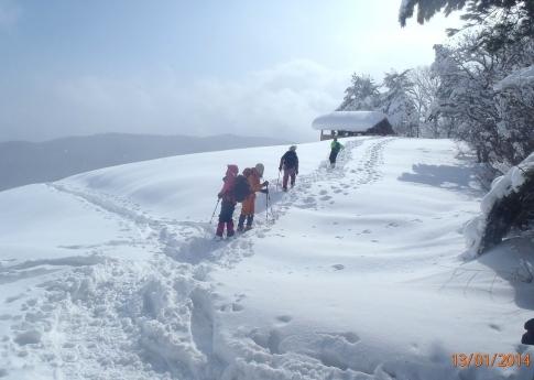 深入山スノーハイキング 003-001