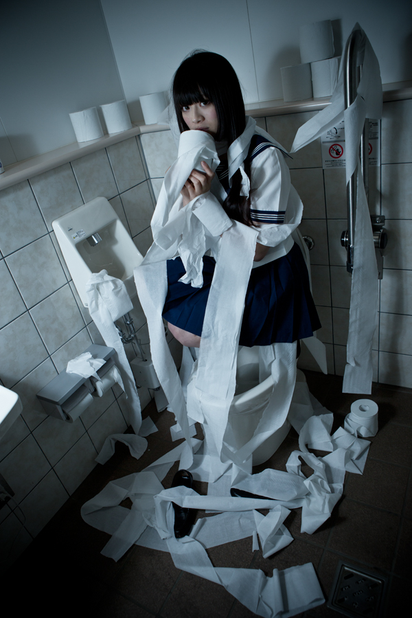 toilet-blood_03.jpg