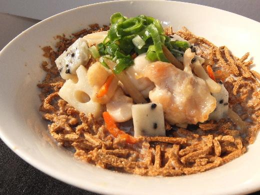 父の手料理、根菜と鶏もも肉のミルクスープ