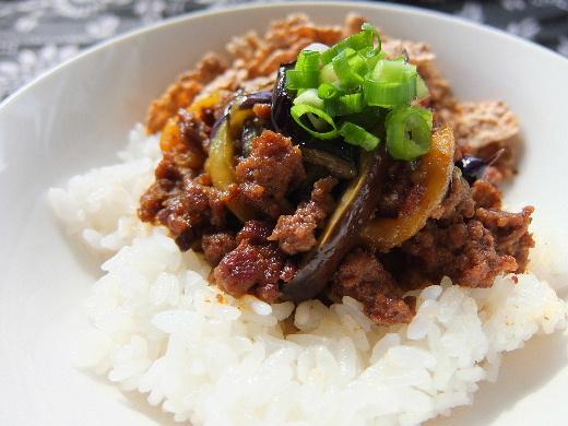 豚挽き肉とナス炒め