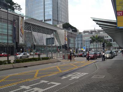 香港について第1枚目に撮った中環駅から見た風景