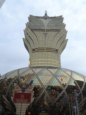 2008年にオープンした58階建て、地上260mの高さを持つ「グランド・リズボア・ホテル」