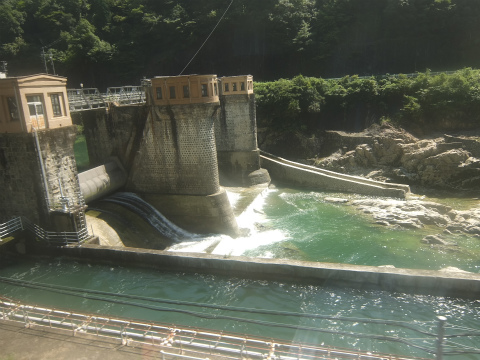 飛騨川のダム