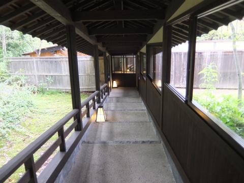 ふじやの渡り廊下