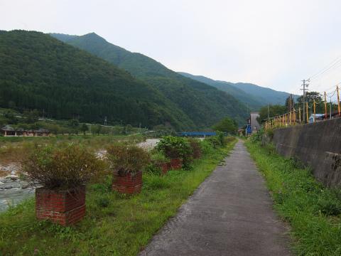 庄川沿い1