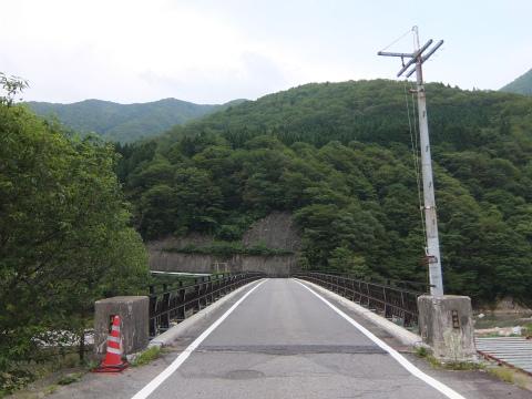 庄川に架かる橋