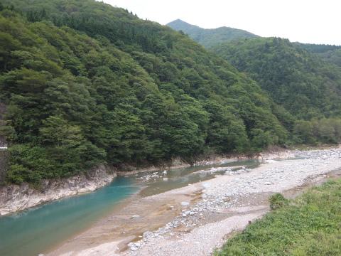 庄川沿い6