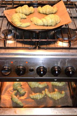 Croissant Dandelion green 124 klein