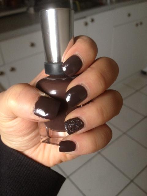Manicure-31Mar13.jpg