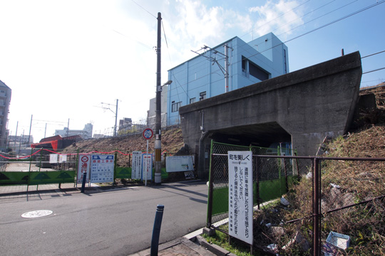 osaka_higashi_line-03.jpg