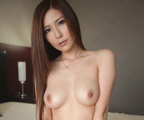 椎名ゆな 上品な美人妻の不倫SEX画像82枚の1