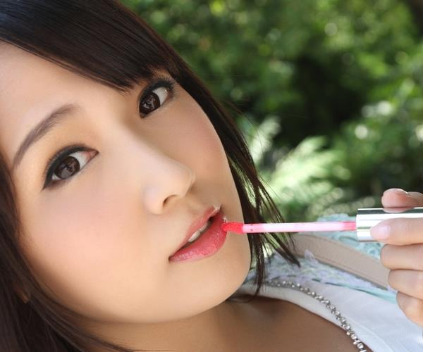 友田彩也香 スレンダー美女セックス画像1