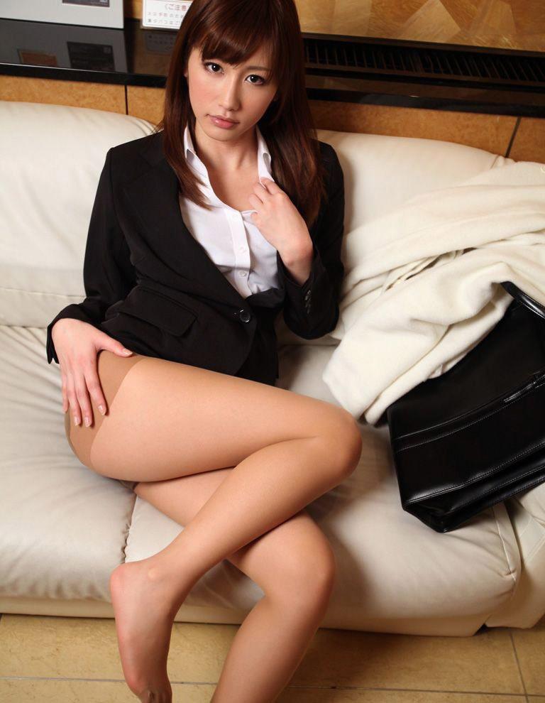 【No.17199】 綺麗なお姉さん / 絵色千佳