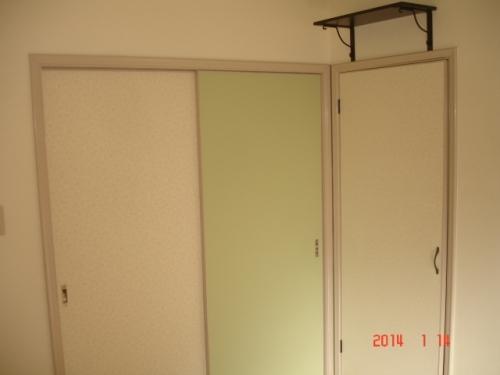 リリカラwill(ウィル)よりMedway(メッドウェイ)LW-7053とMORRIS HERITAGE COLOURS(モリス ヘリテージ カラーズ)lw-7075Fennel(フェンネル)色