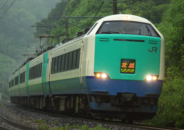 130820-JR-W-485-R21-hokuetsu-1.jpg