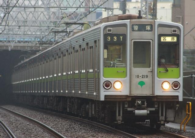 131005-toei-shinjuku-10-000-210F-219-1!.jpg