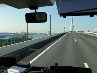鶴見つばさ橋(首都高速 湾岸線より)
