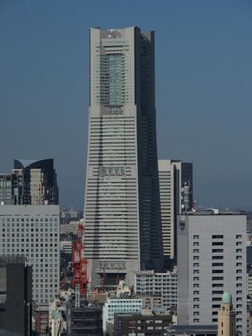 横浜ランドマークタワー(横浜マリンタワーより)