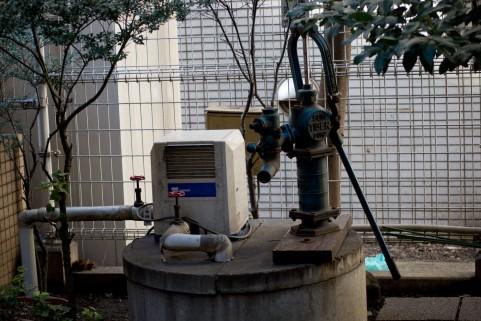 【東京】井戸の水位が急激に下る…「水温は生温い」