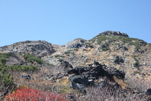御嶽山で火山性微動を観測…気象庁「一時的な現象」噴火警戒レベル2を維持のまま