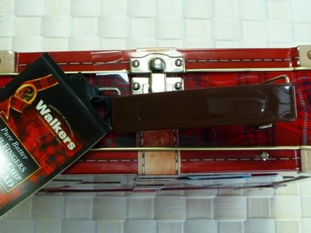 スーツケース缶5