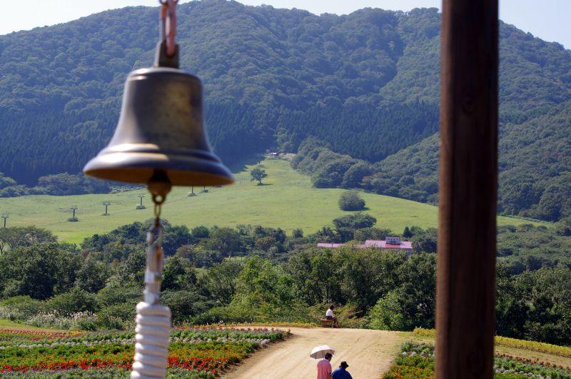 丘の上からの薬莱山