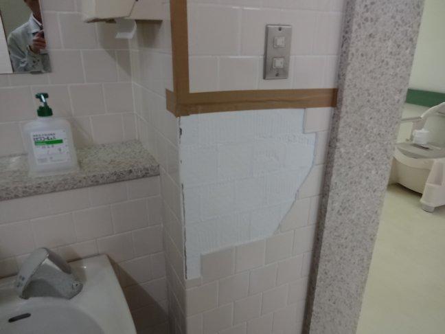 某施設壁タイル補修