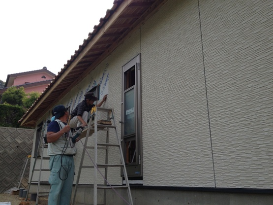 K邸新築工事~外装板張り中